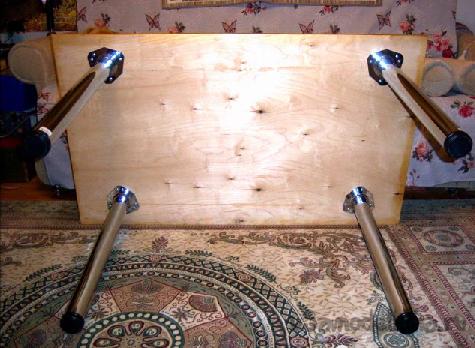Простой самодельный стол