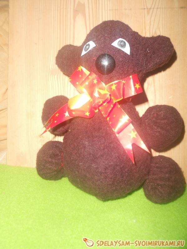 Самодельный игрушечный кувыркающийся медведь
