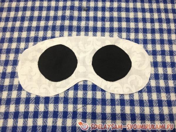 Красивая маска для сна в виде пандочки