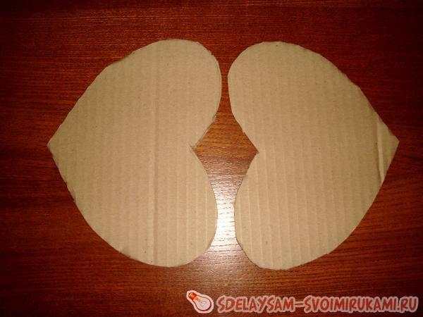 Сердечко из конфет на день всех влюбленных