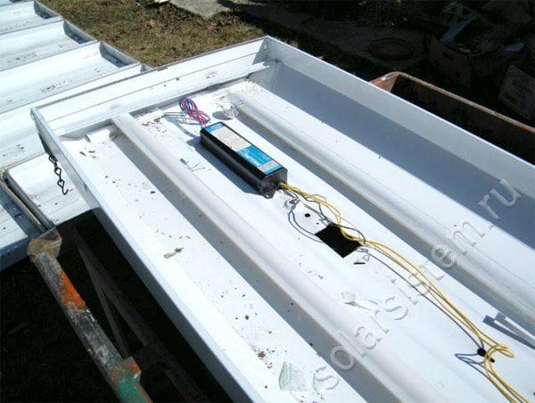Собираем солнечный коллектор из корпуса старого потолочного светильника