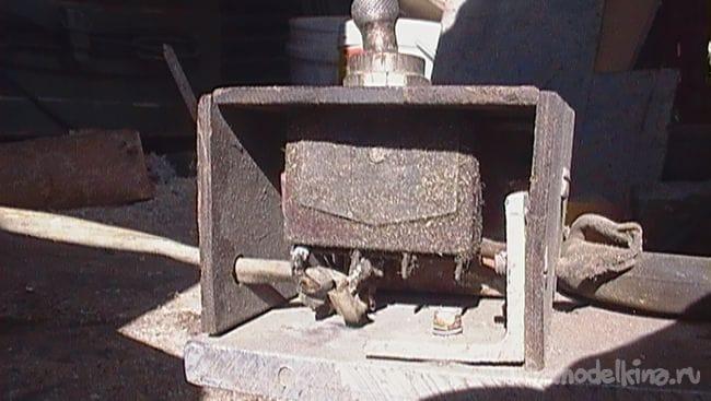 Токарный станок по дереву из 3х фазного двигателя