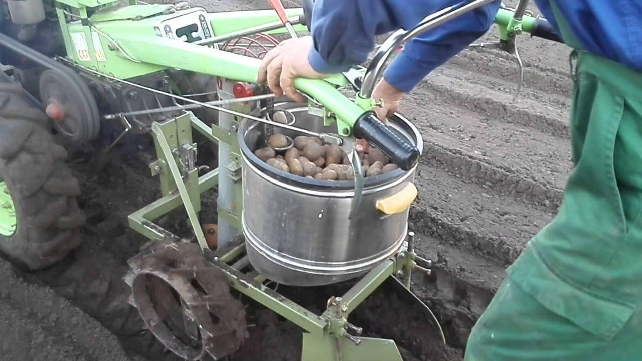 Картофелесажалка для мотоблоков своими руками