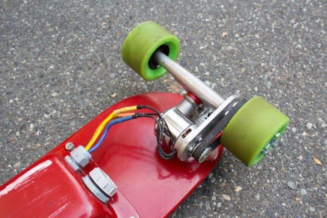 Собираем электроскейт, управляемый смартфоном