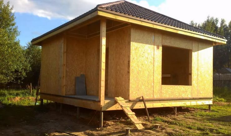 Дачный домик из панелей своими руками