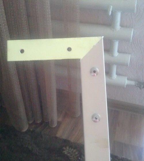 Москитная сетка из кабель-каналов