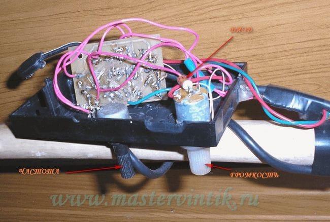Очень простой и надежный металлоискатель на микросхеме К561ЛА7