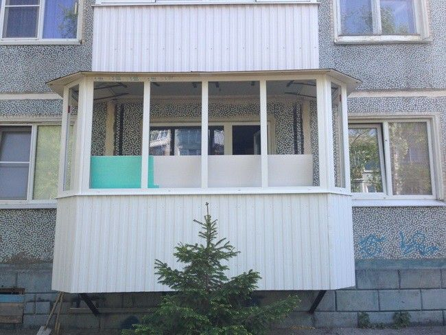Пристройка балкона на 1-ом этаже с нуля.