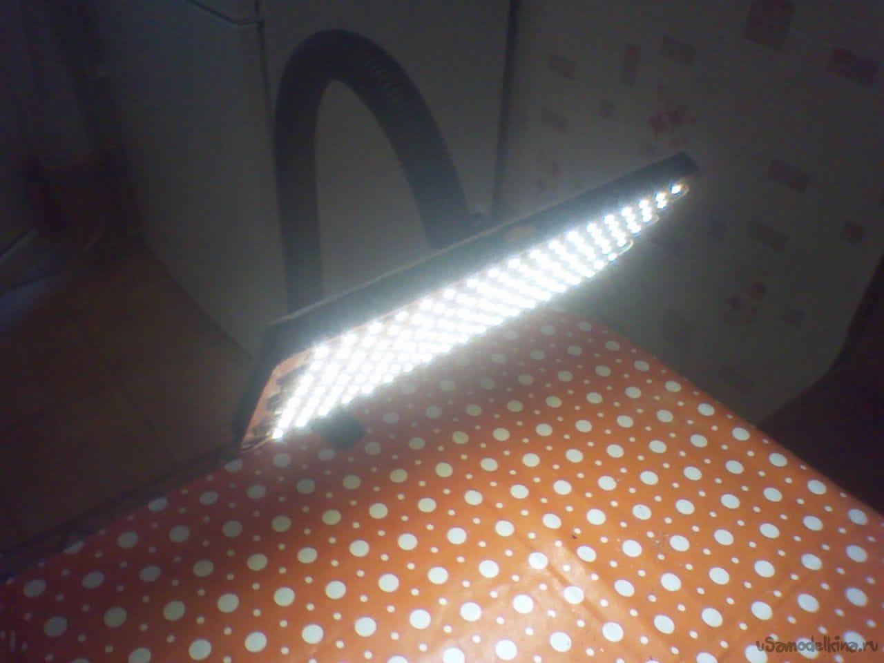 Светодиодную настольную лампу своими руками