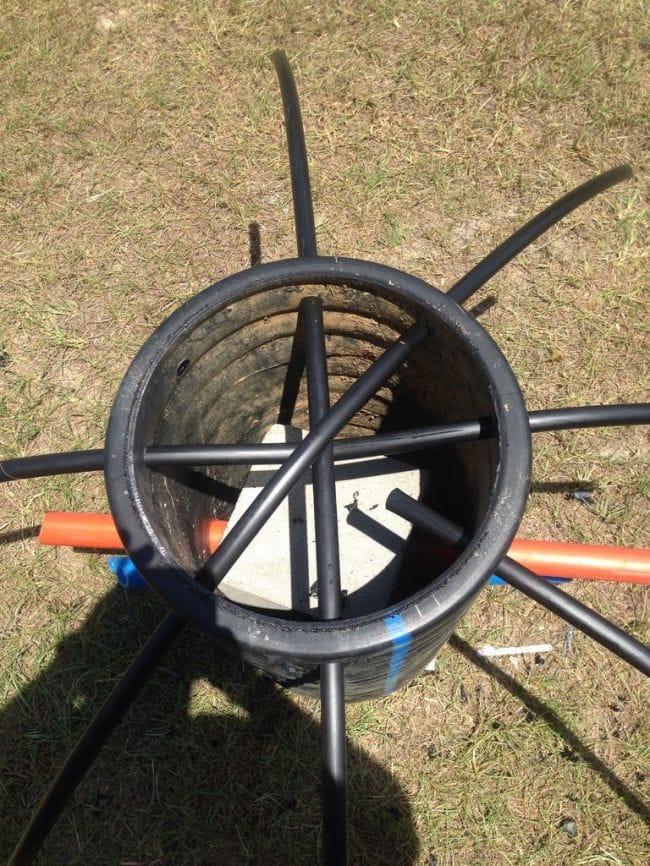 Делаем аттрактор для постоянного приманивая рыбы к месту ловли