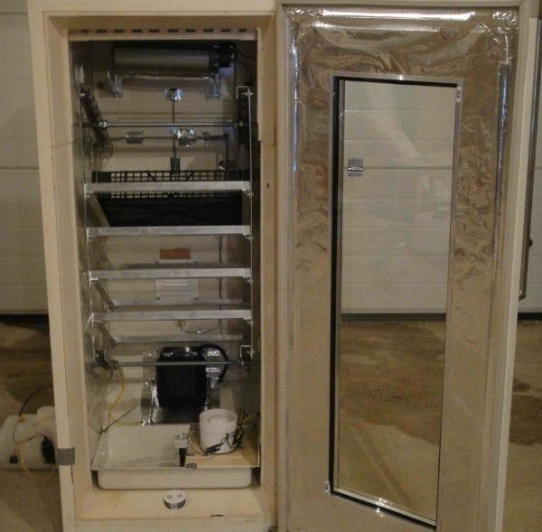 Как сделать инкубатор со старого холодильника
