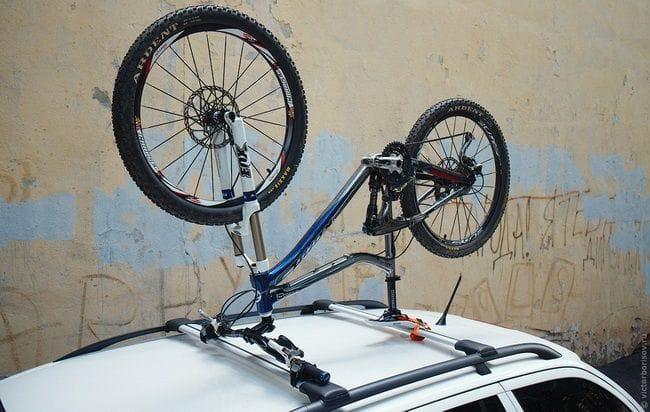 Крепление для велосипеда на машине