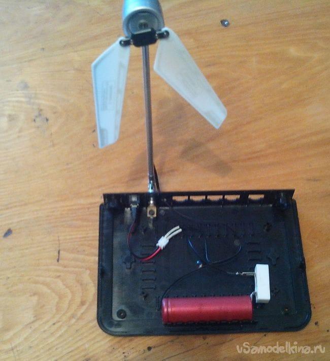 Мини-вентилятор из игрушки-вертолётика