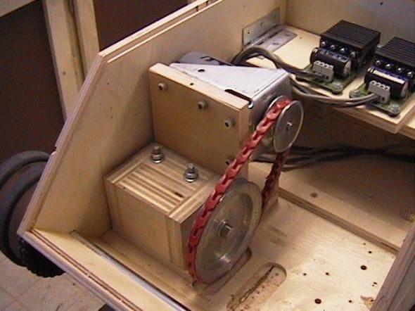Радиоуправление танком своими руками 48