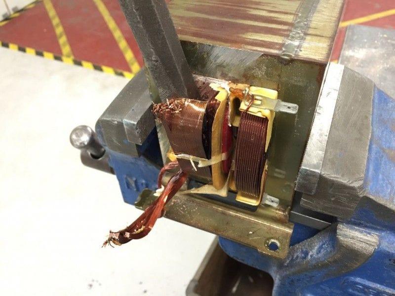 Сварочный аппарат точечной сварки своими руками из микроволновки 77