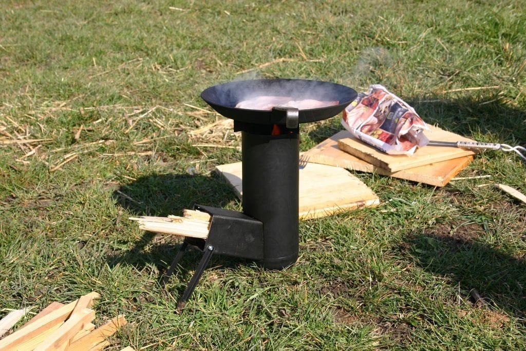 Походная ракетная печка своими руками 100