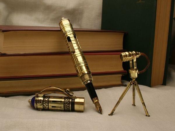 Ручка с миниатюрным прожектором своими руками