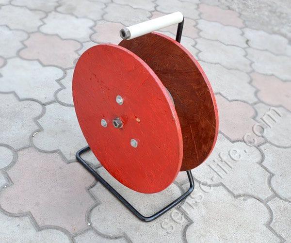 Органайзер для электрического кабеля в виде катушки