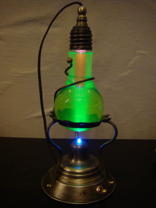 Светильник из лампы накаливания