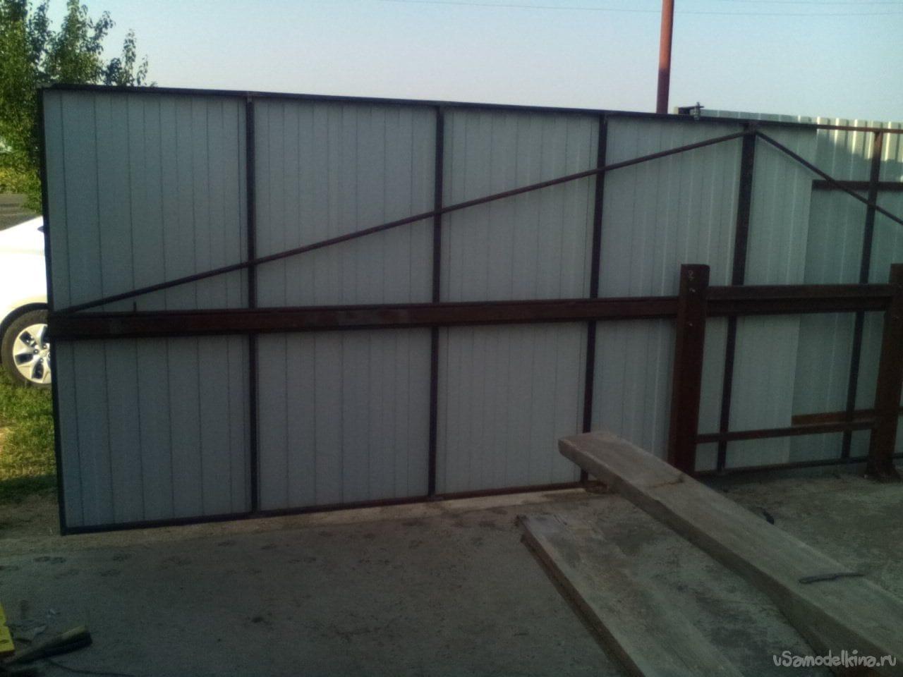 откатные ворота с средней балкой цена