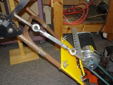 Как собрать генератор из подручных материалов