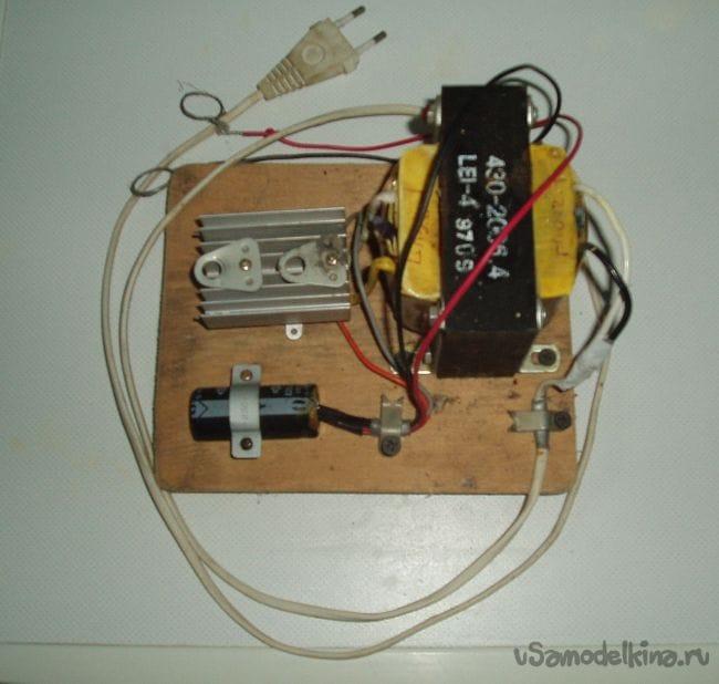 Зарядное устройство на скорую руку из сгоревшего бесперебойника