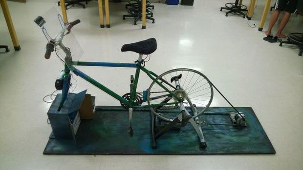 Как сделать тренажер-генератор из велосипеда