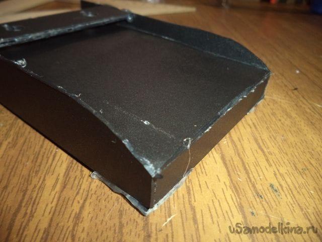 Настенная подставка для телефона