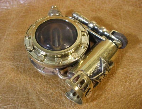 Зажигалка дозаправляемая с окошками «Стимпанк»