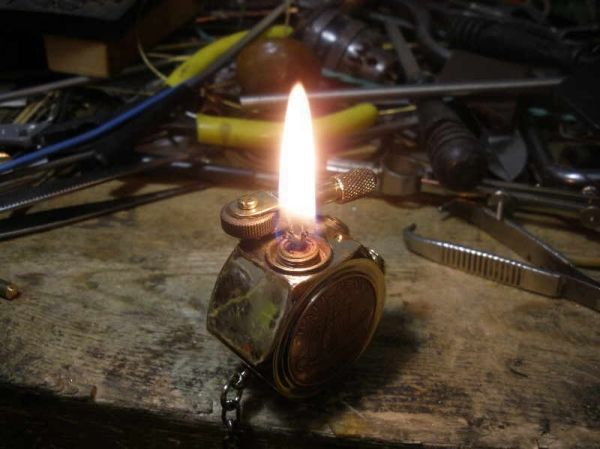 Зажигалка дозаправляемая своими руками