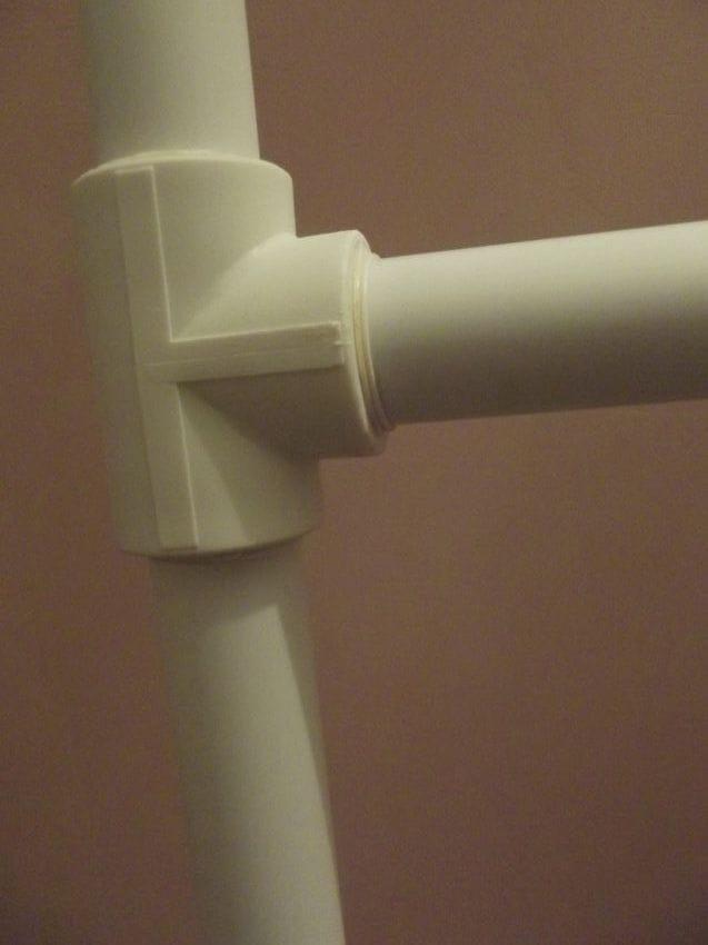 Самодельная гимнастическая стенка с турником из полипропиленовых труб