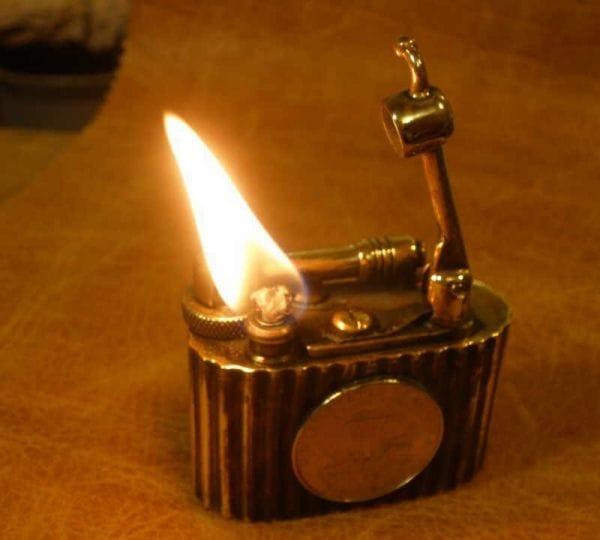 Зажигалка дозаправляемая с корабликами своими руками