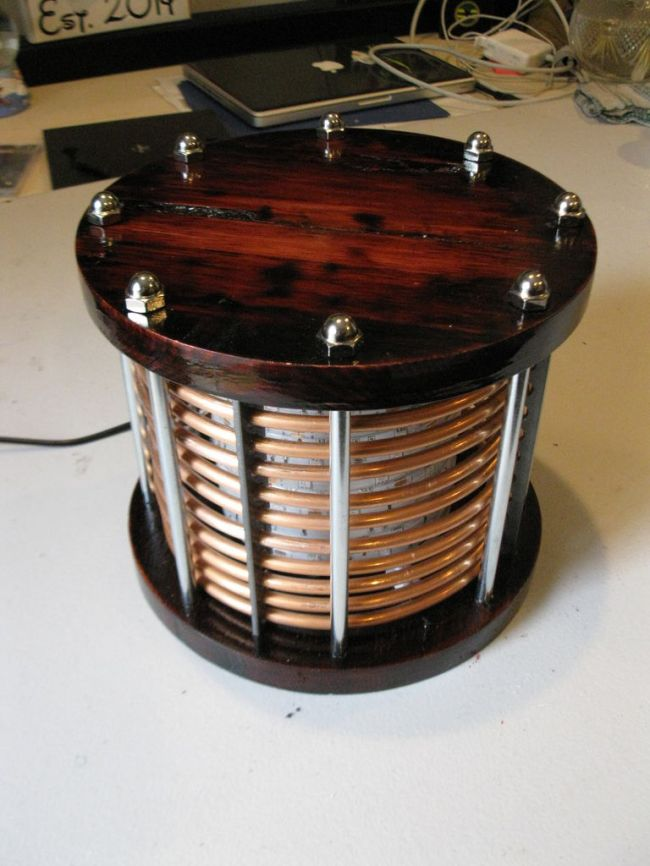 Светодиодная подставка под керосиновую лампу