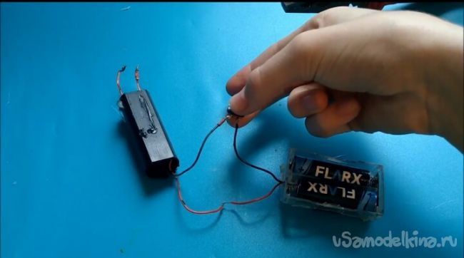 Как сделать простой ЭМИ излучатель своими руками!