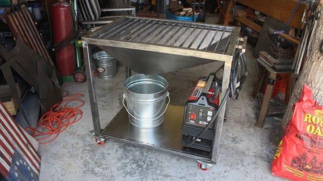 Стол для работы с плазменным резаком