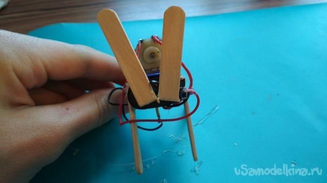 Как сделать простого «вибро зверька» своими руками! Для начинающих!