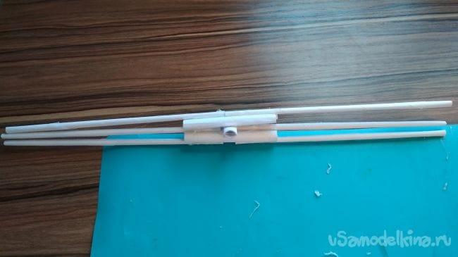 Как сделать простой но мощный лук из бумаги своими руками!