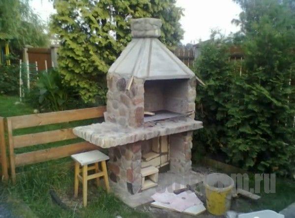 Как сделать коптильню-барбекю из камня