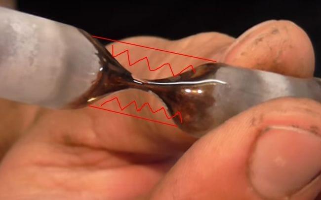 Песочно-магнитные часы из лампочек накаливания
