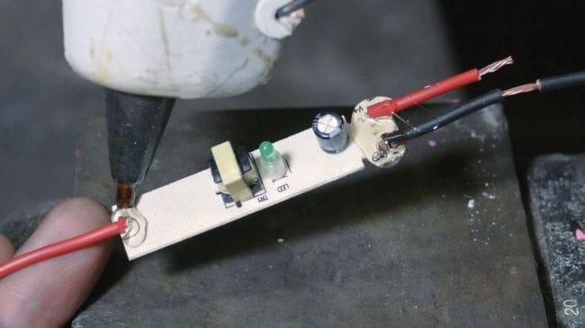 Как сделать генератор статического напряжения за 5$