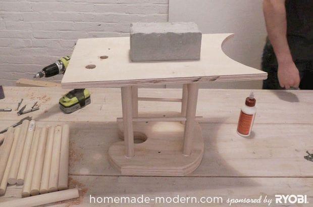 Необычная скамья-пазл для веселой детской компании