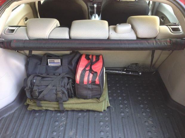 Тент-полка в багажное отделение автомобиля
