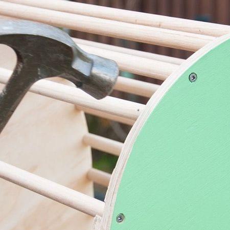 Как сделать необычное кресло-качалку