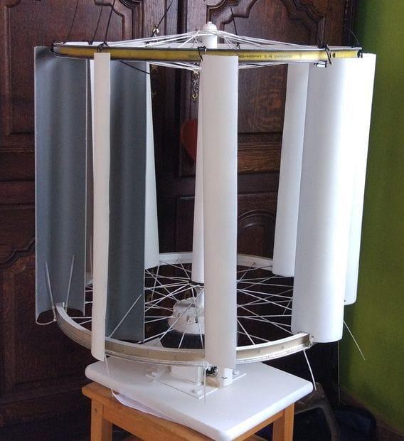 Ветрогенератор из сломанного гироскутера