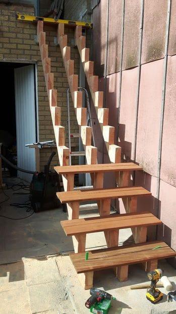 Наружная деревянная лестница своими руками
