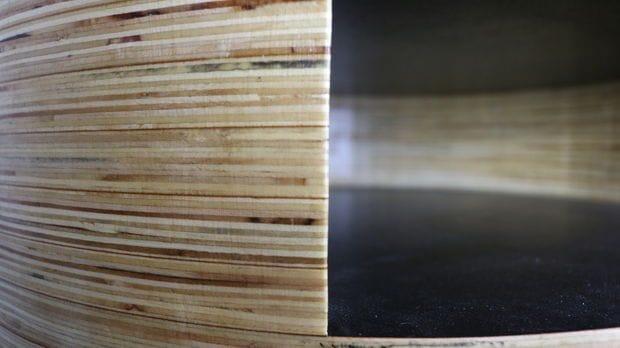 Цилиндрическая тумбочка из фанеры и ореха