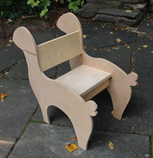 Кресло-качалка для ребенка в виде оленя