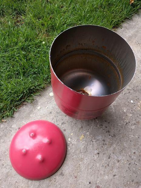 Как можно сделать уличный камин из газового баллона без сварки