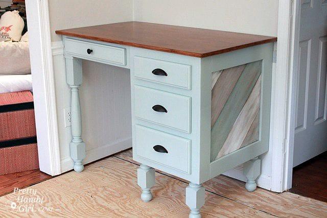 Реставрация старого письменного стола