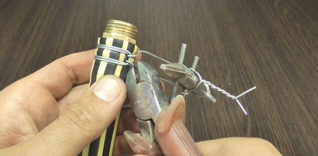 Инструмент для обжима проволочных хомутов